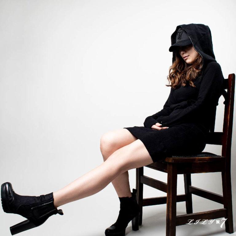 lily7_swarovski_onepiece_hoodie